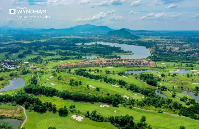Wyndham Sky Lake Resort & Villas - Nơi hội tụ các thương hiệu lớn - Ảnh 2.