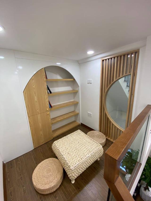 Đôi vợ chồng trẻ xây ngôi nhà nhỏ mà có võ chỉ rộng 30m2 mà như rộng tới 60m2 khiến ai cũng ngỡ ngàng - Ảnh 7.