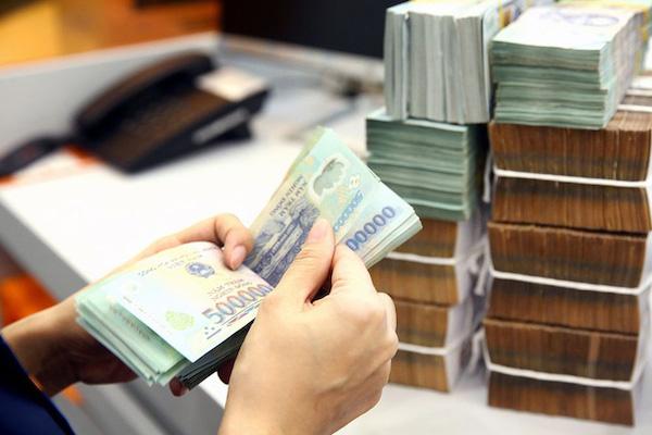 Bơm vốn để doanh nghiệp thu hồi vốn - Ảnh 1.