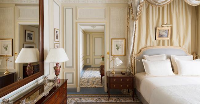Câu chuyện về người cha yêu thích khách sạn của Coco Chanel, Ernest Hemmingway