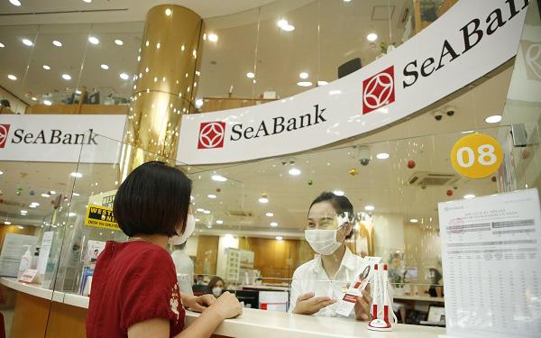 SeABank đã triển khai nhiều giải pháp hỗ trợ khách hàng và cộng đồng trong mùa Covid-19 - Ảnh 1.
