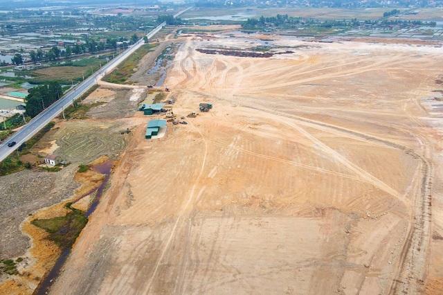 Tập đoàn Amata và đối tác muốn xây dựng 2 khu công nghiệp 1.400 ha tại Quảng Ninh - Ảnh 1.