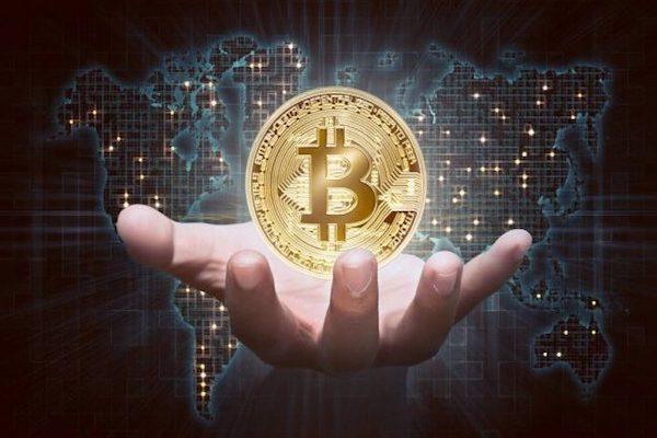 Coinbase hack 6.000 tài khoản, Bitcoin vẫn phi mã - Ảnh 1.