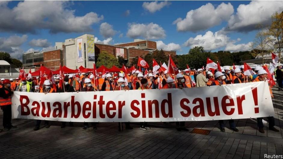 ViMoney - Công nhân Đức đang ở vị thế mạnh nhất trong 30 năm - Đình công đòi tăng lương